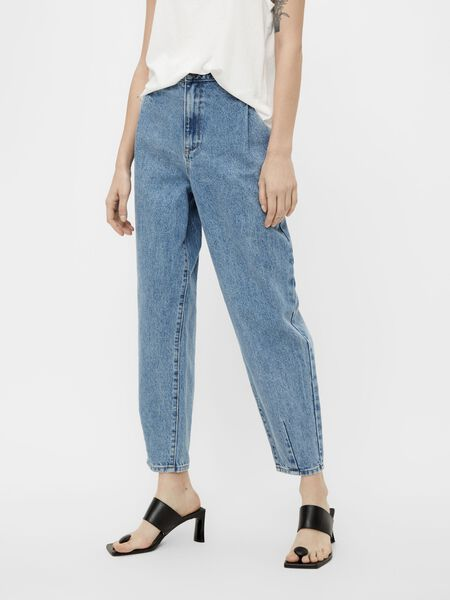 SLOUCHY HIGH WAISTED JEANS