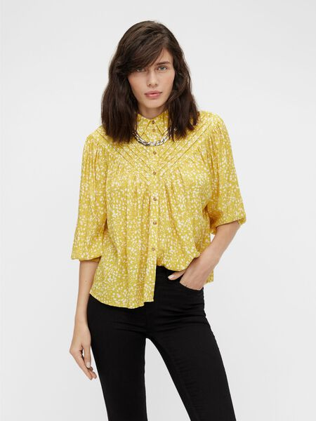 PLEATED 3/4 SLEEVED SHIRT