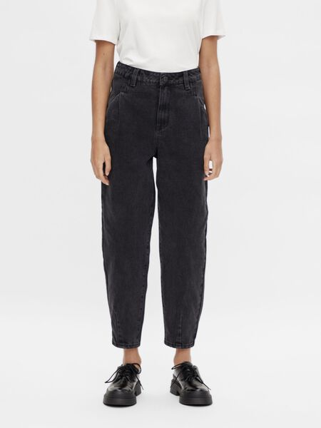 SLOUCHY FIT MOM JEANS