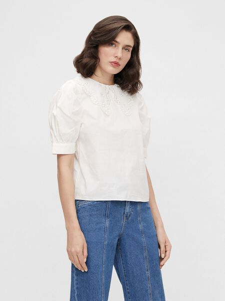 EMBROIDERED COLLAR PUFF SLEEVED TOP